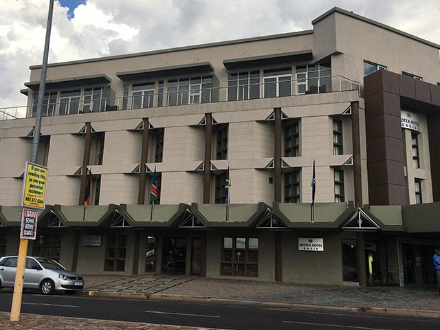 Gordonia Glas & Aluminium Previous Experience | Protea Hotel Upington